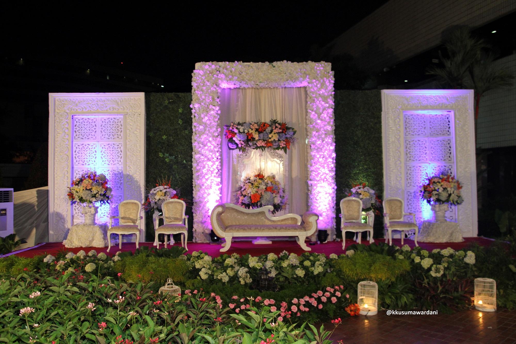 New outdoor wedding stage decoration photos wedding wedding decoration stage choice image wedding decoration ideas mwangi dekor junglespirit Choice Image